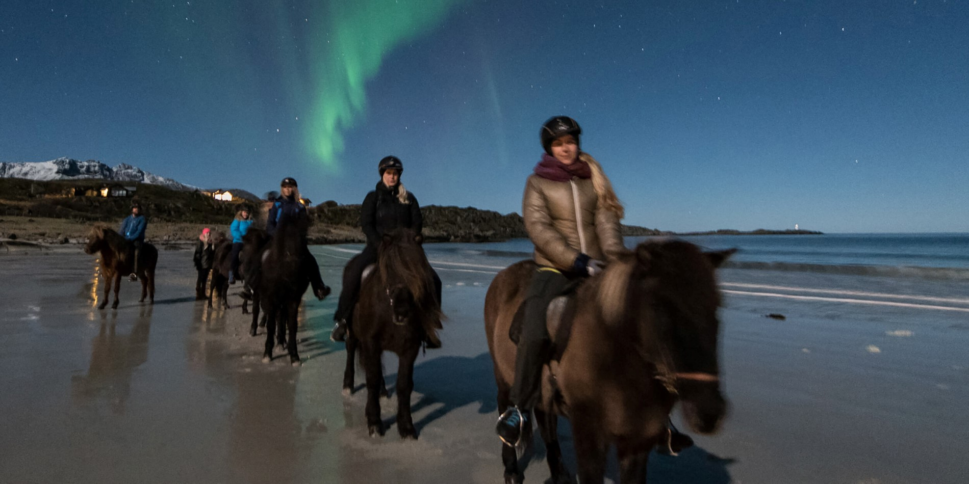 Hurtigruten excursion to explore Lofoten by horse