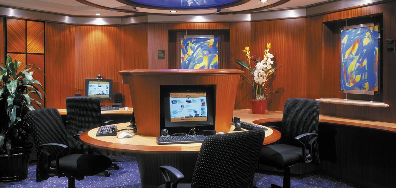 Brilliance of the Seas Computer Room