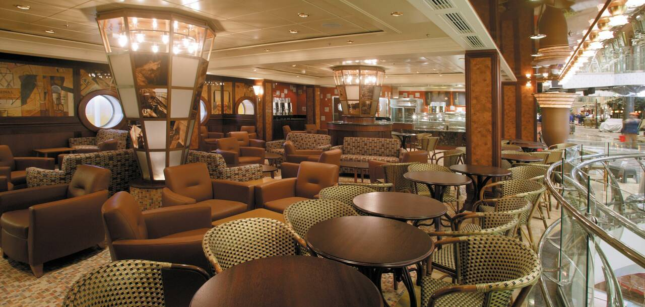 Freedom of the Seas Cafe Promenade