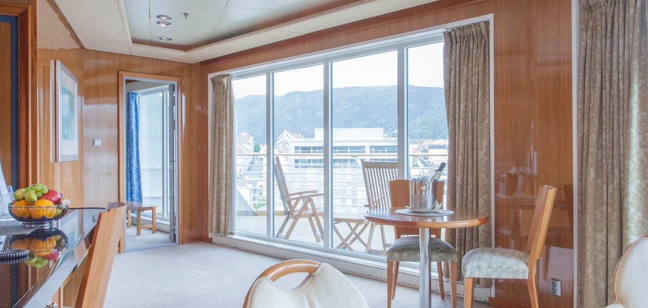MS Trollfjord Expedition Suite