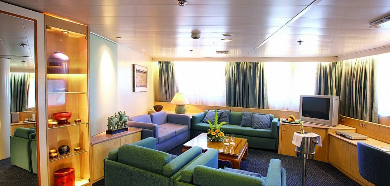 Cruise & Maritime Voyages | MS Marco Polo DS Suite