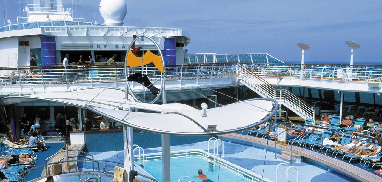 Brilliance of the Seas pools