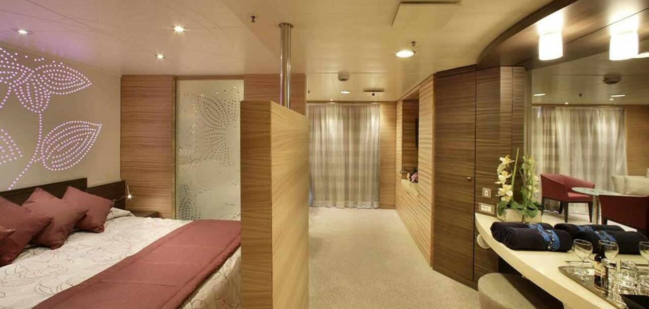 Cruise & Maritime Voyages | Magellan Deluxe suit with balcony