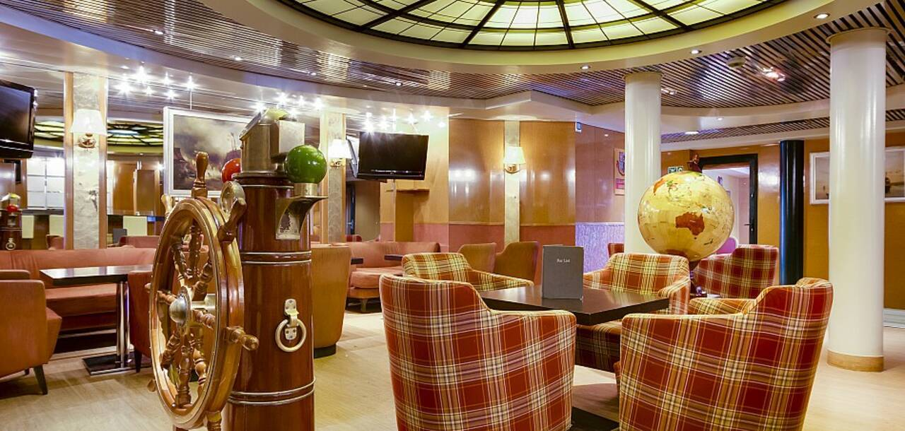 Cruise & Maritime Voyages | MS Marco Polo Columbus Lounge