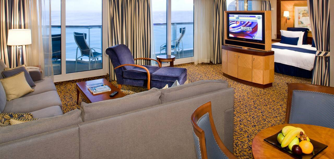 Jewel of the Seas Owners Suite