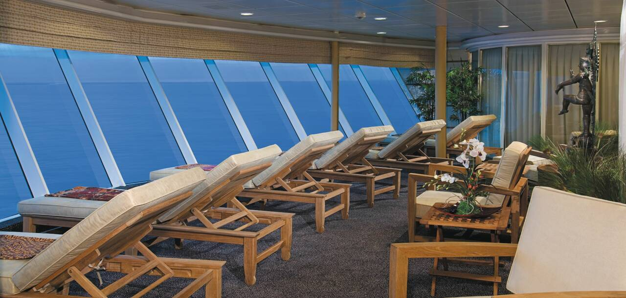 Enchantment of the Seas Relax Room