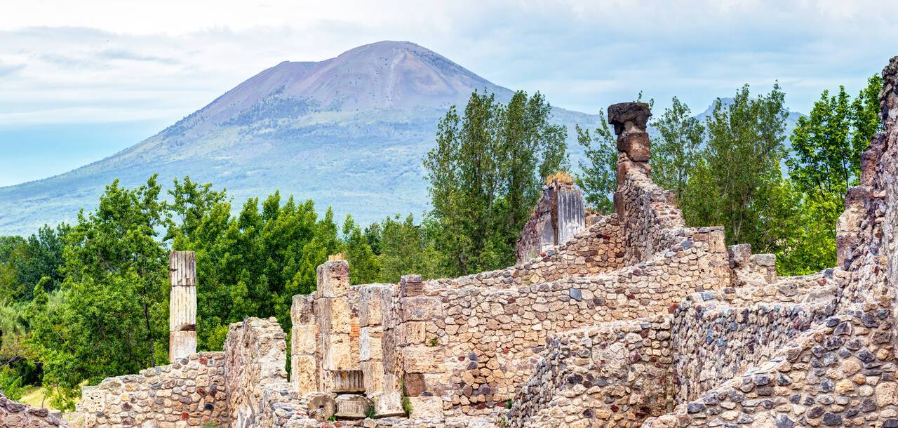 Ruins of Pompei and Mount Versuvius, Italy