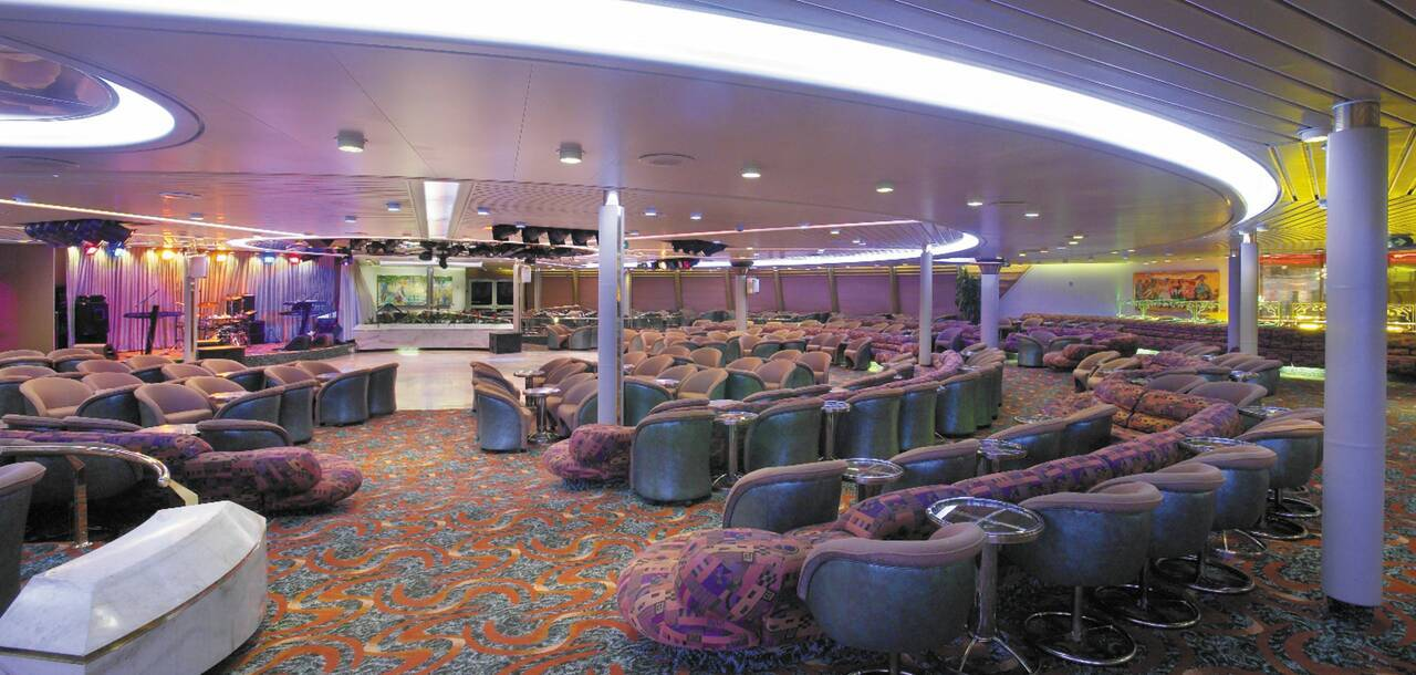 Majesty of the Seas Wagon Lounge