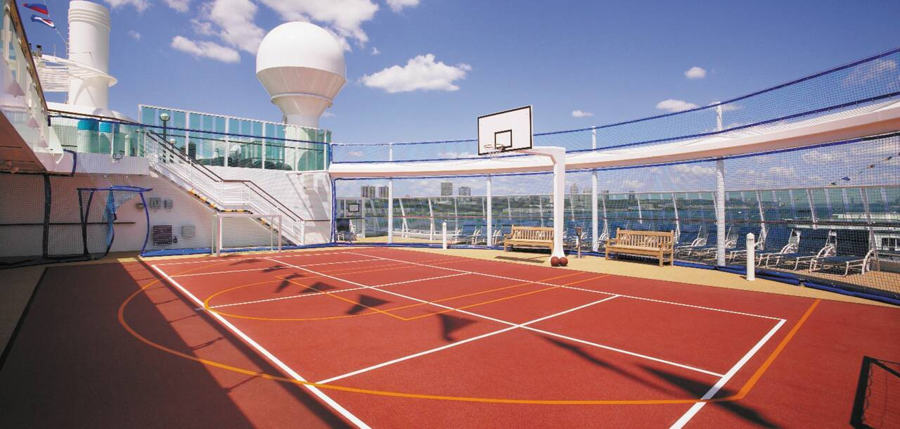 Serenade of the Seas Courts