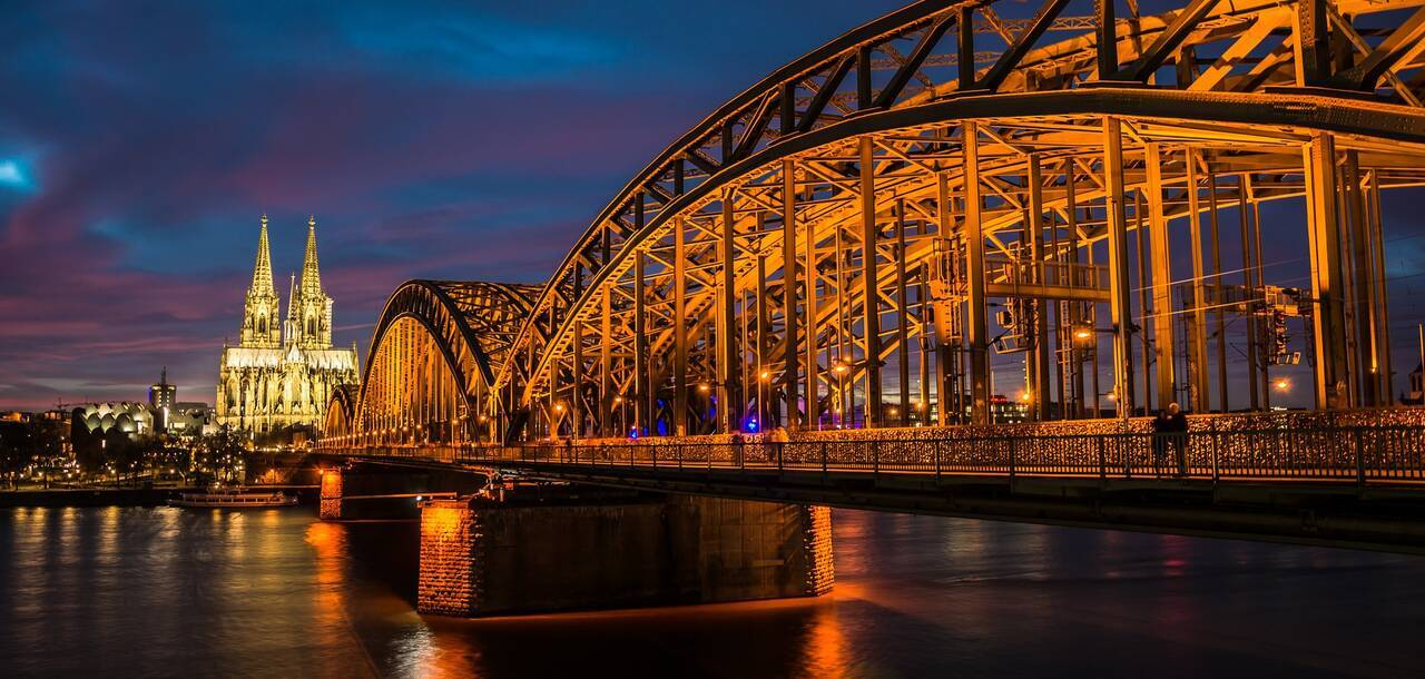 Cologne Rhine Light Water Skyline