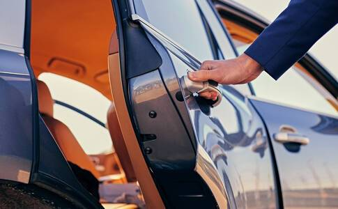 Private UK Chauffeur transfer from your home address to the port